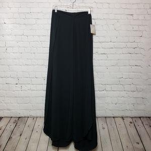 Kimchi Blue Pants & Jumpsuits - NWT Urban Outfitters Kimchi Blue Palazzo pants